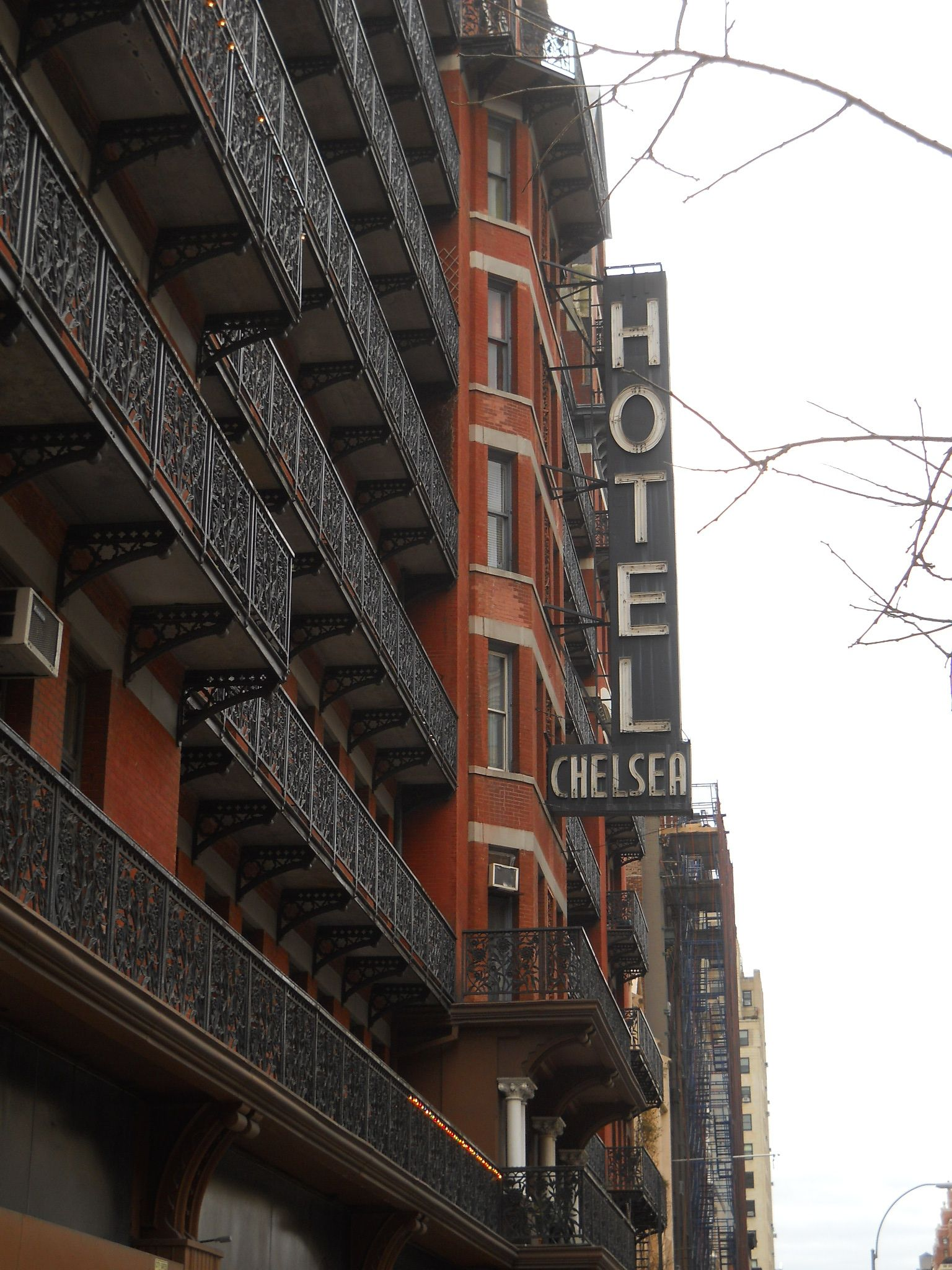 chelsea hotel::needs to reopen so I can live there