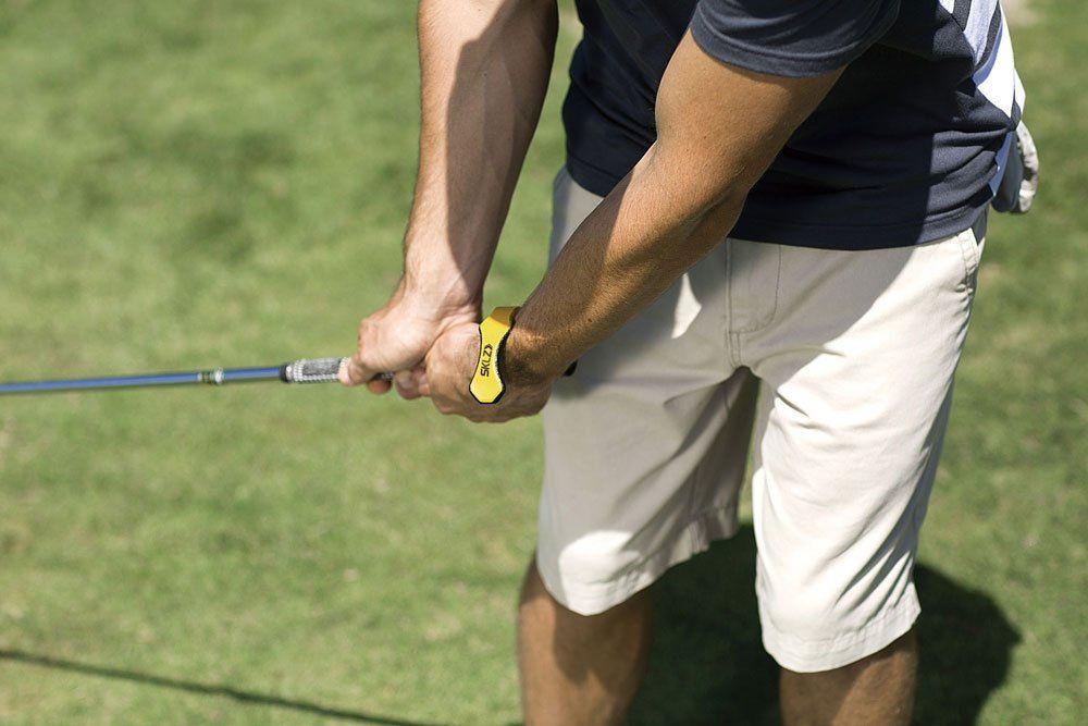 Golf Training Sklz Hinge Helper Golf Training Aid That Promotes Wrist Hinging For A Better Golf Swing Continu Golf Training Training Plan Golf Exercises