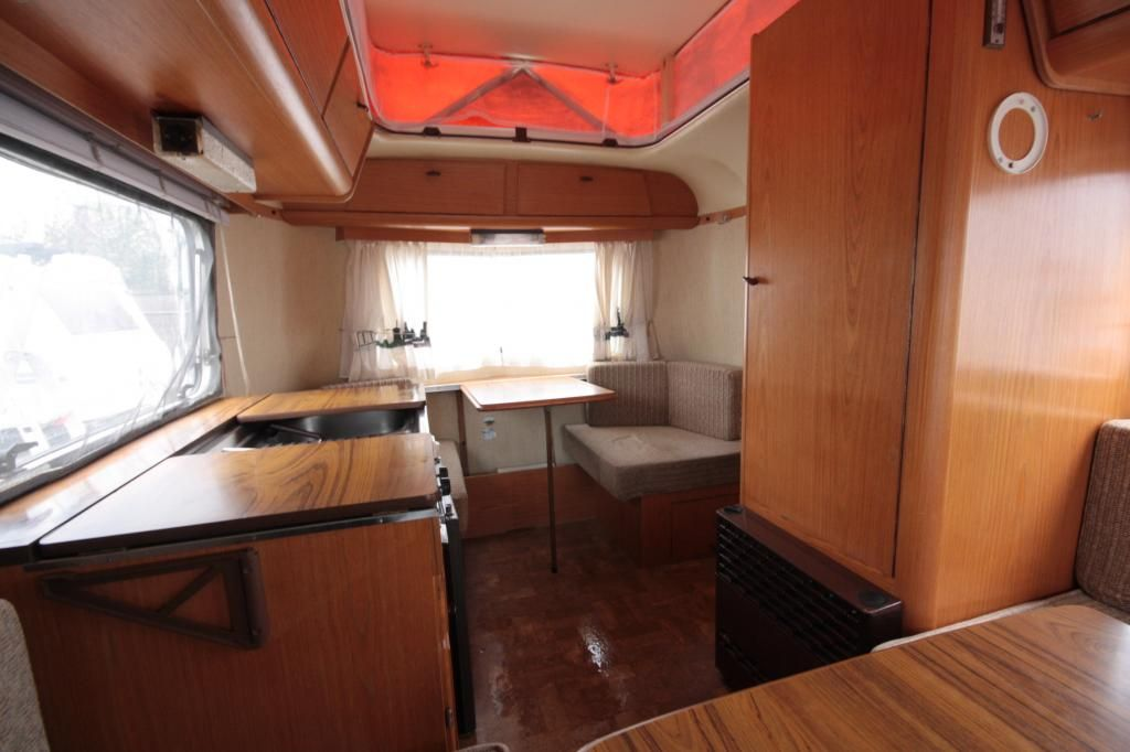 eriba touring pan familia » wisselink caravans & campers