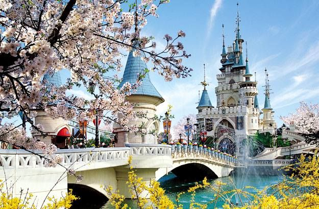 Memories from my childhood... Lotte World, South Korea