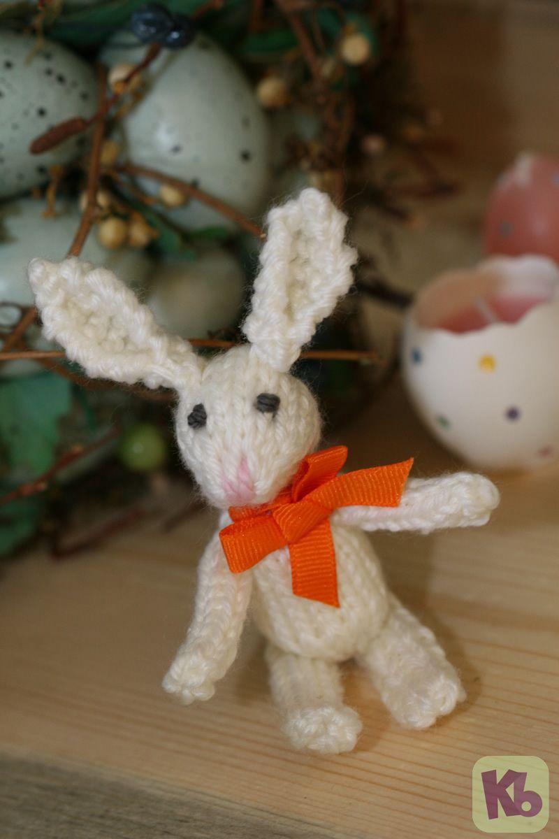 Easter Egg Bunny 1- using sock loom | Looms | Pinterest