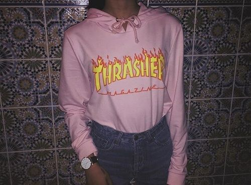 original light pink hoodie outfit 8