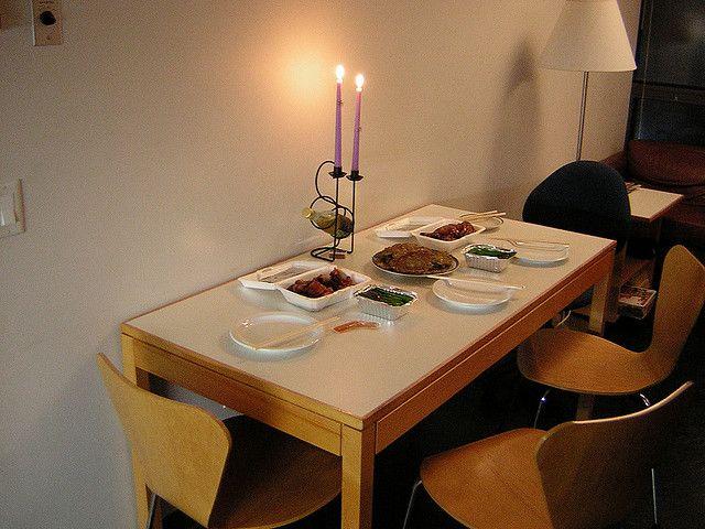les 25 meilleures id es de la cat gorie tables de d ner romantiques sur pinterest centres de. Black Bedroom Furniture Sets. Home Design Ideas
