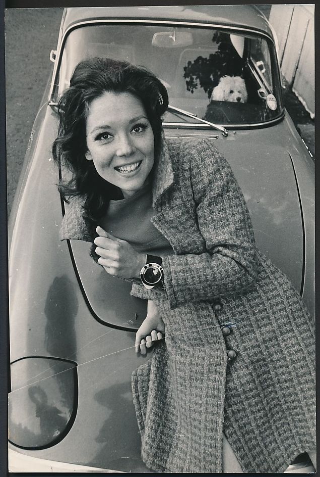 1960's Original Photo DIANA RIGG as SEXY Emma Peels in THE AVENGERS w/ CAR
