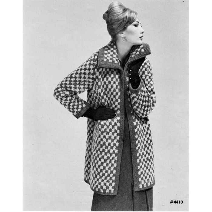 Two Tone Checked Coat Knitting Pattern K1 DC2 Vintage Knitting