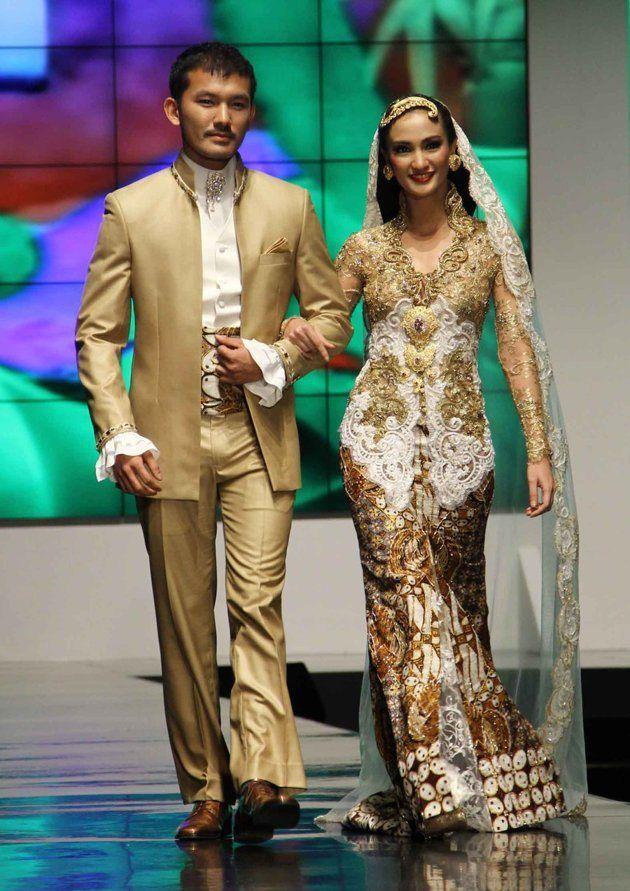 Indonesian Traditional Dress  Kebaya  Pinterest  Kebaya, Fashion design and Couture