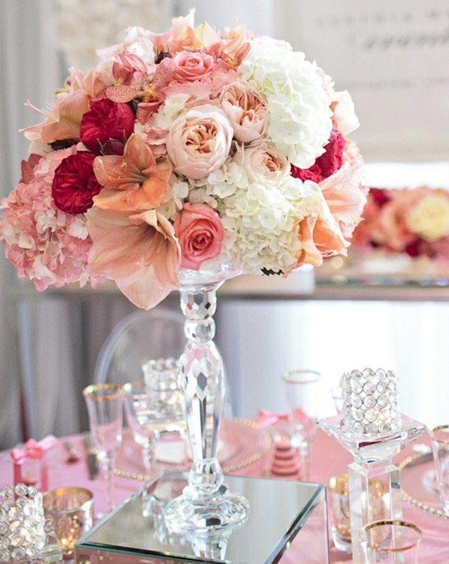 Frische Blumen Rosen Asalien Strauß Am Tisch Vase | Brautstrauß ... Schnittblumen Frische Strause Garten