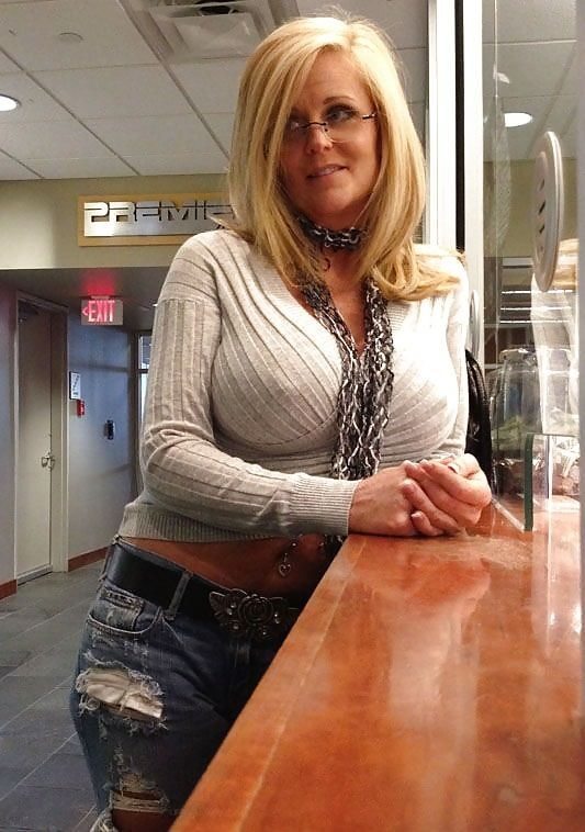 Mature females babe milf men