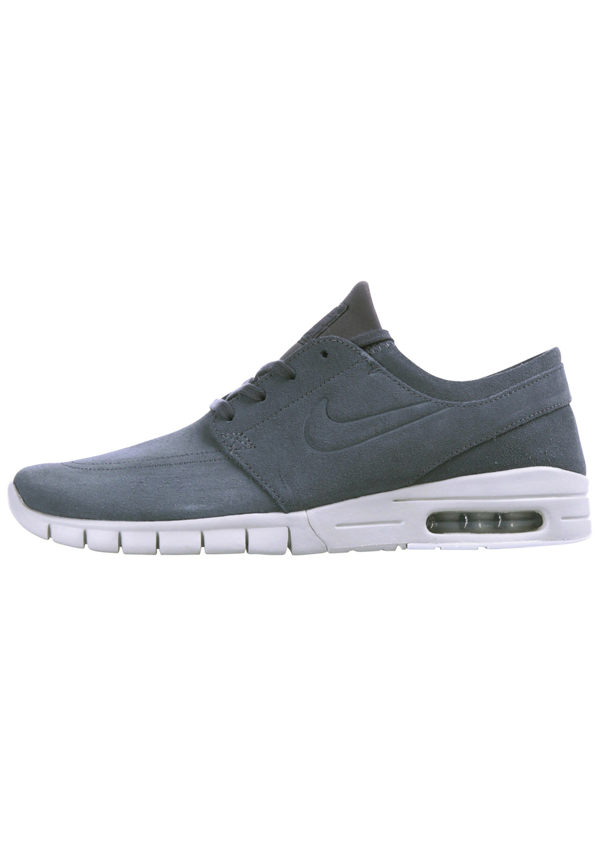 AboutYou #NIKE #Low Sneaker #Sale #Schuhe #Sneaker #NIKE
