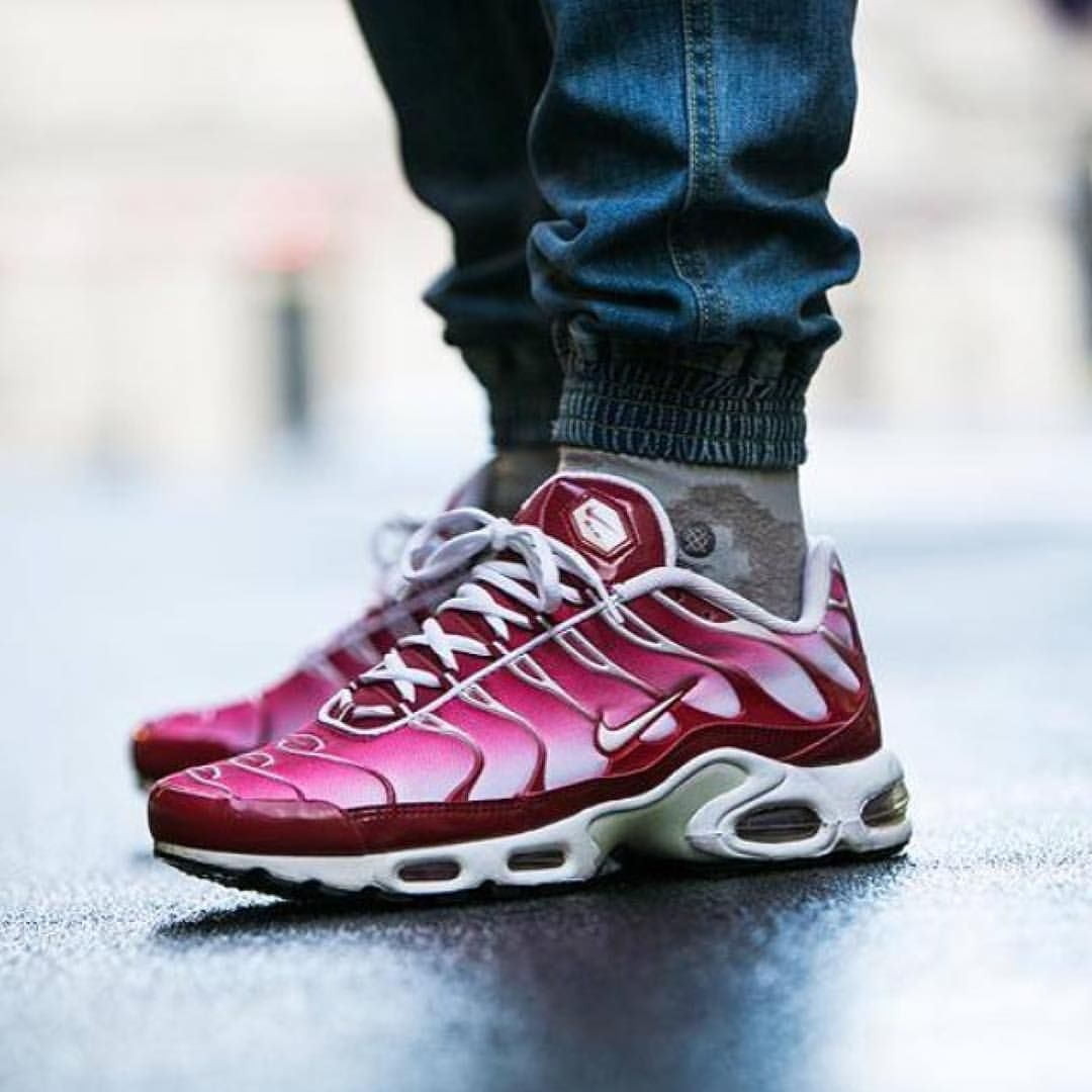 Nike Air Max Tn Mens Red Kellogg Community College