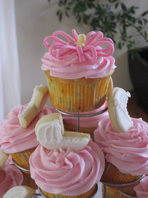 Baby shower cupcakes baby shower cakes baby shower