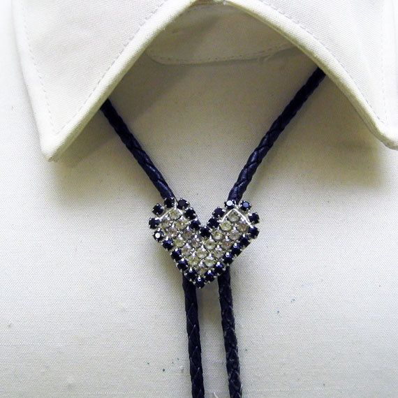 097dd10099 White and Black Rhinestone Heart Shaped Bolo Tie, Vintage, Fancy ...