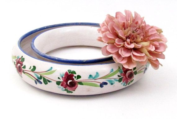 Vintage Pansy Posy Flower Ring made in Italy / Shallow Vintage Floral Vase