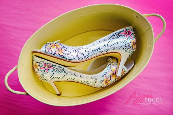 Stunning Hand Painted Wedding Shoes By Figgie Shoes Painted Shoes Wedding Shoes Hand Painted Wedding