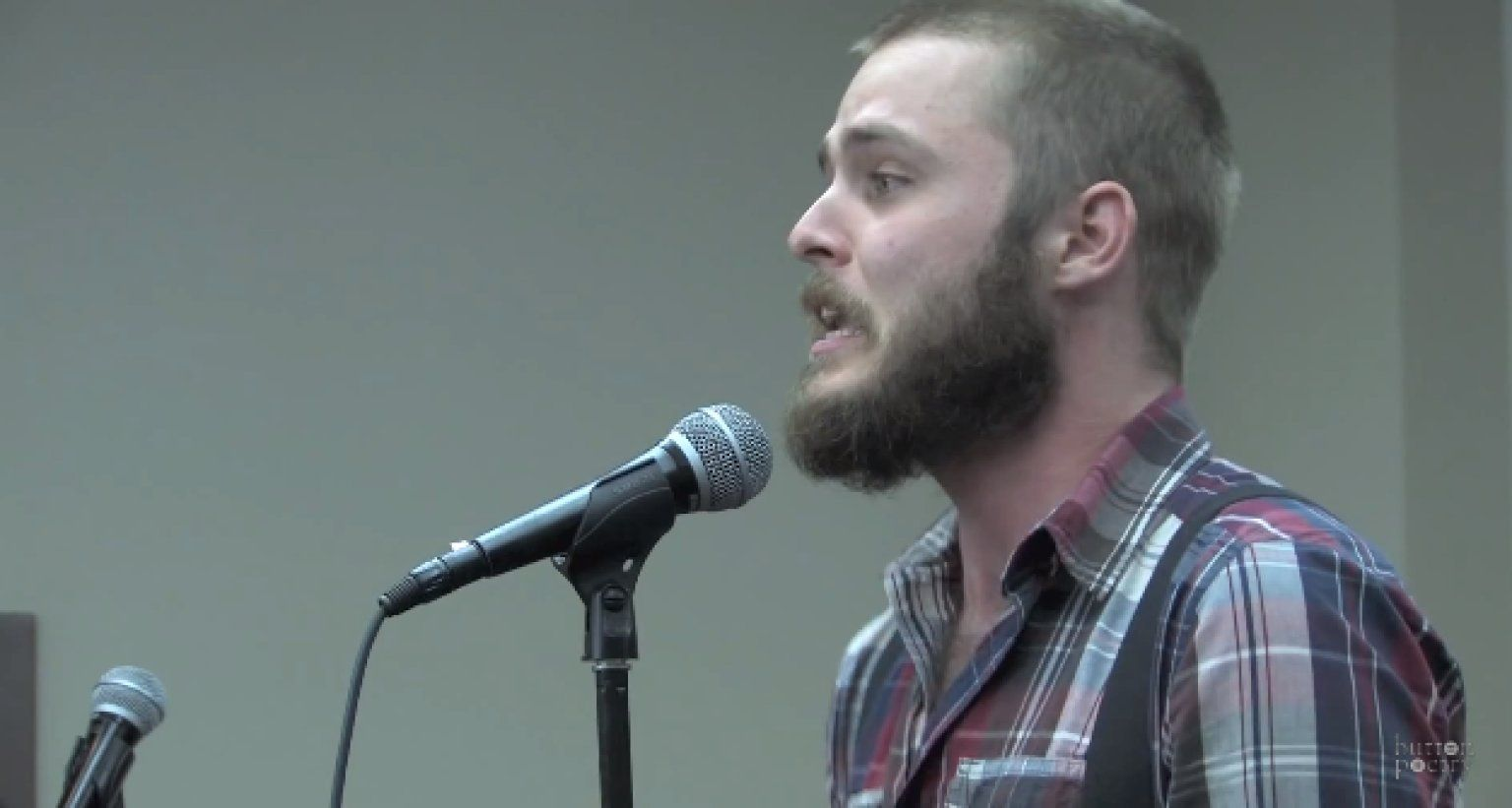 Neil Hilborn, Man With OCD, Performs Heartbreaking Poem About Falling In Love, Inspires Redditors