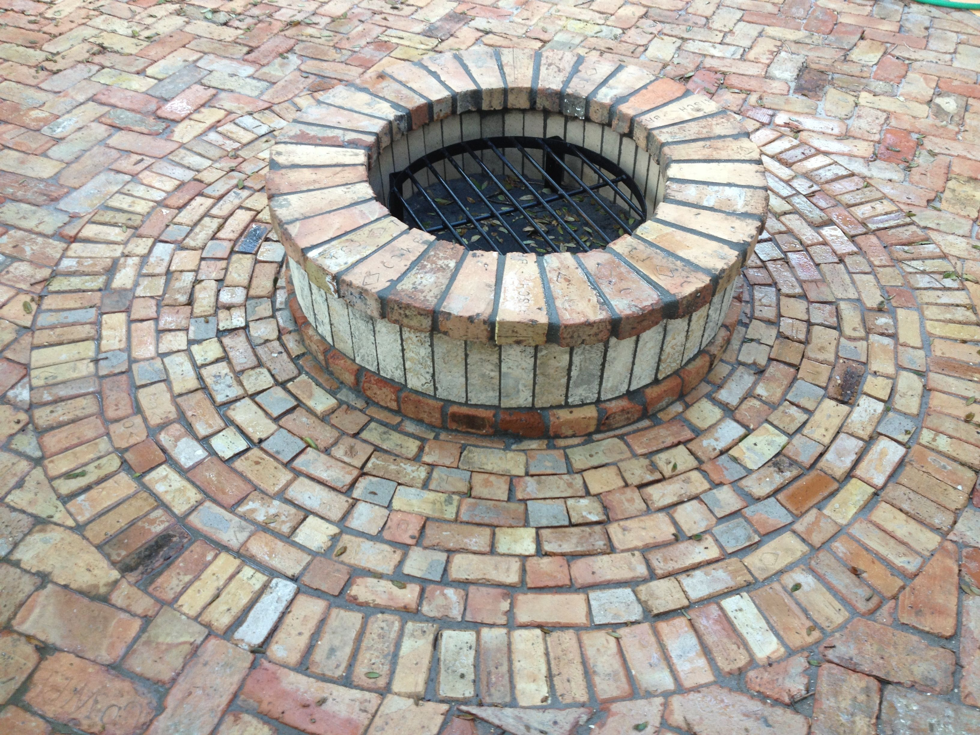 Old Chicago Reclaimed VersaRing Brick Fire Pit Kits