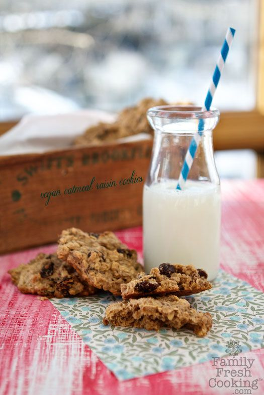 Vegan Oatmeal Raisin Cookies | FamilyFreshCooking.com