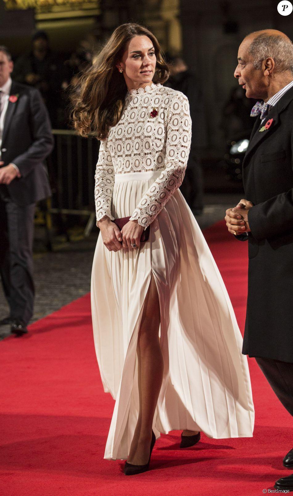 Épinglé sur Kate Middleton