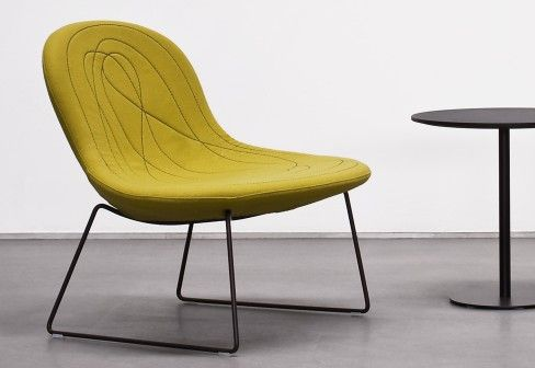 tacchini doodle easy chair