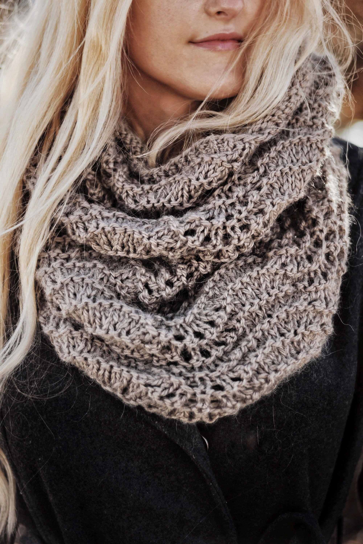 KNITTING PATTERN ⨯ Lace Knit Cowl Knit Pattern by Darling ...