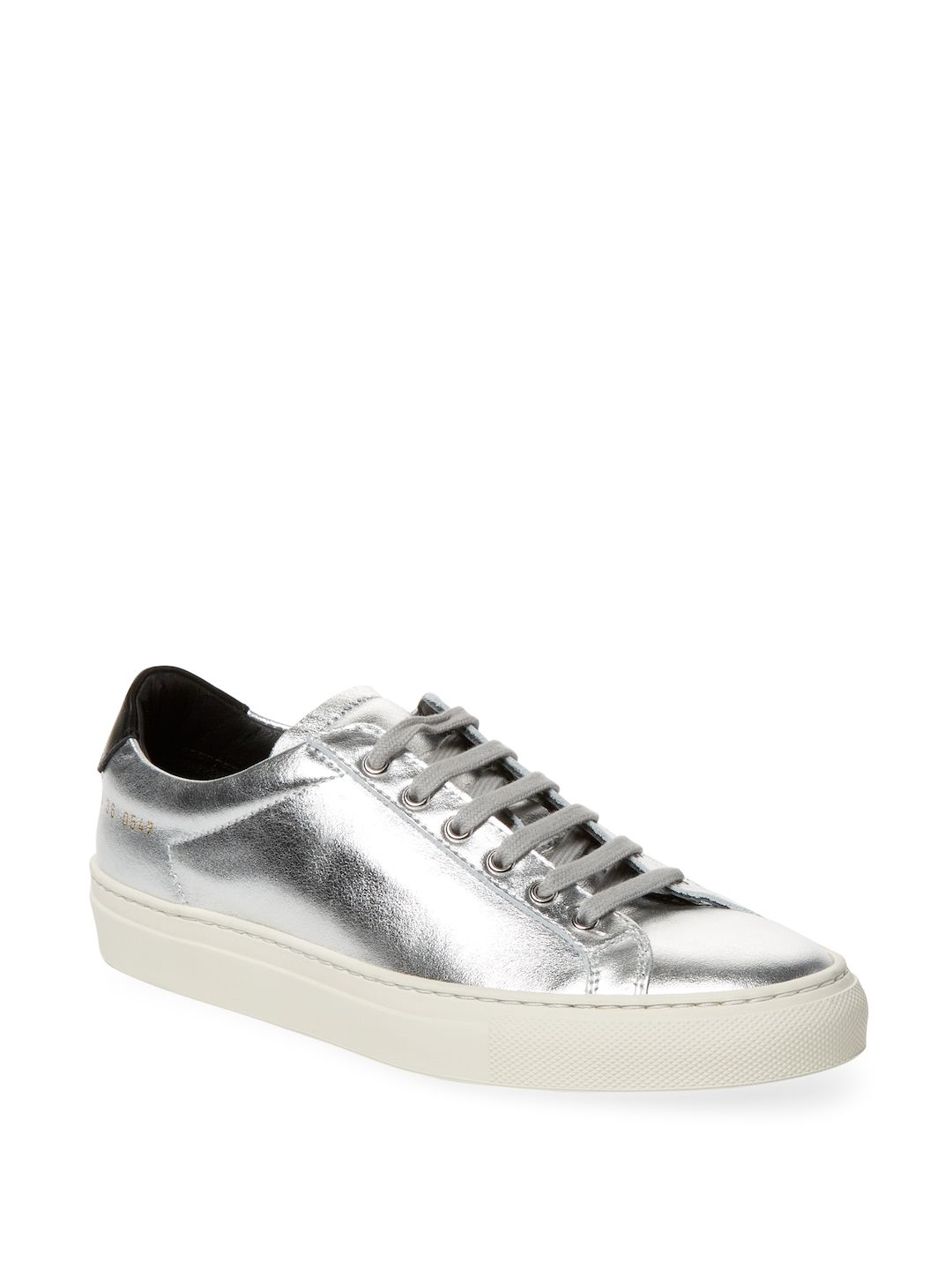 8d08582e20be COMMON PROJECTS WOMEN S LEATHER LOW-TOP SNEAKERS - SIZE 36.  commonprojects   shoes
