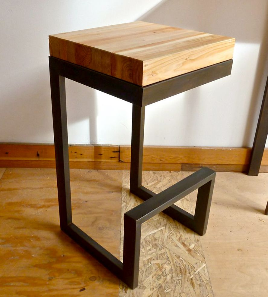 Reclaimed Wood & Steel Barstool  의자, 가구 및 목공