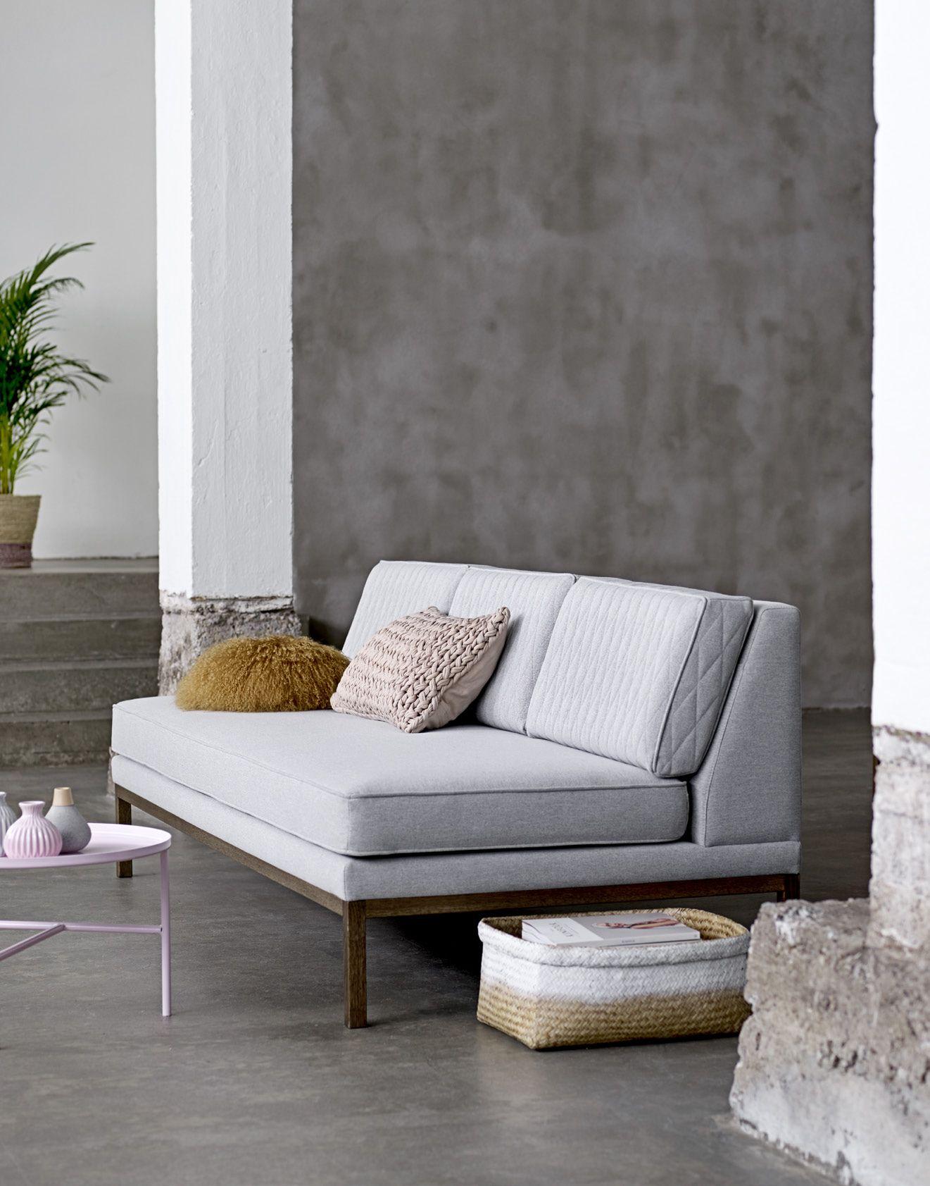 Kontormøbler - Danmarks største, flotteste miljørigtige og kvalitetsbevidste samt holdbare møbler til kontor, skoler og alle erhvervstyper.