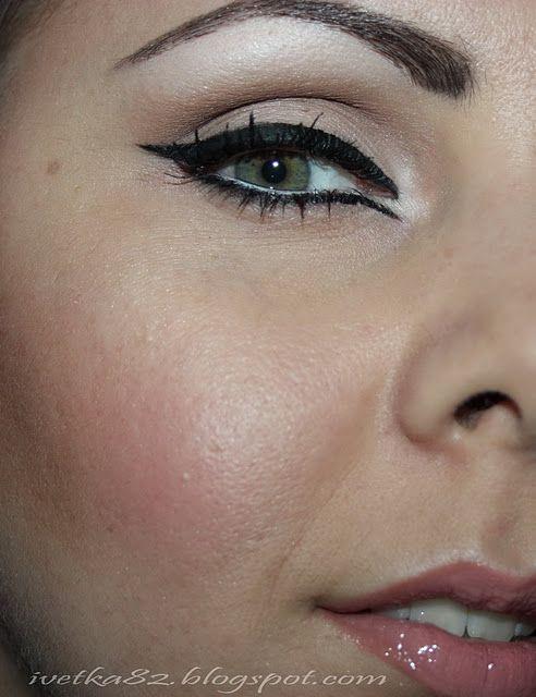Retro 60 S Makeup Look 50s Hair And Makeup 60s Makeup Makeup Looks