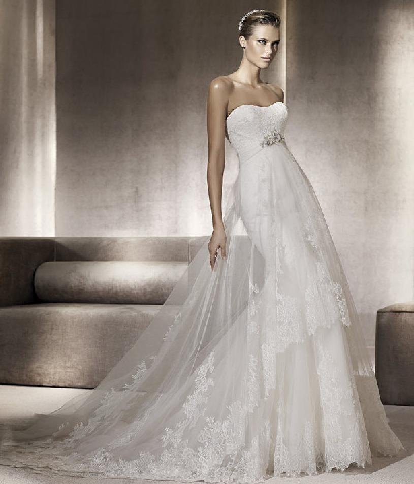 Wonderfull dress of #Pronovias Costura Collection 2012...love it ...