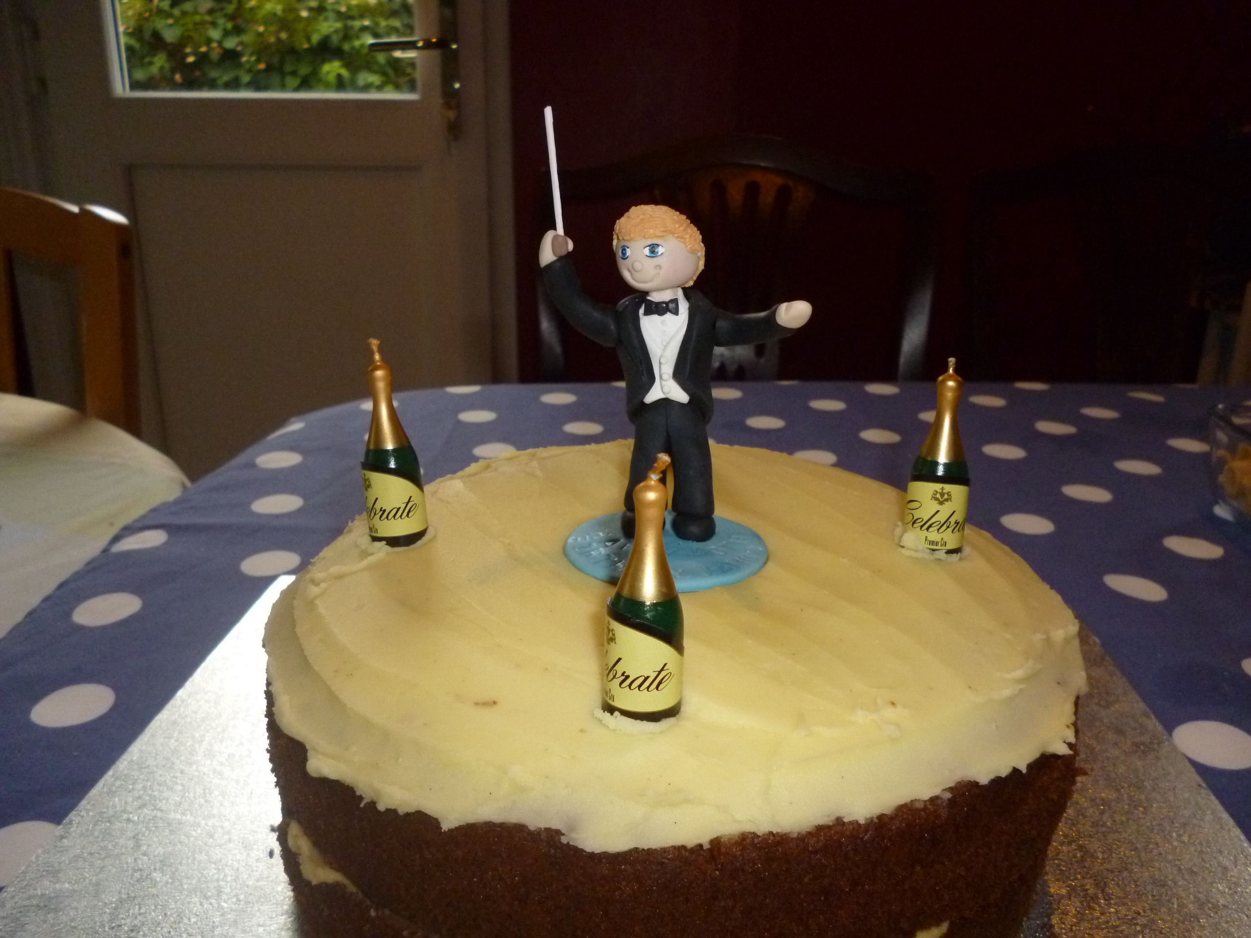 Conductors 40th Birthday cake topper, handcrafted by Ama Aqua Cake ...