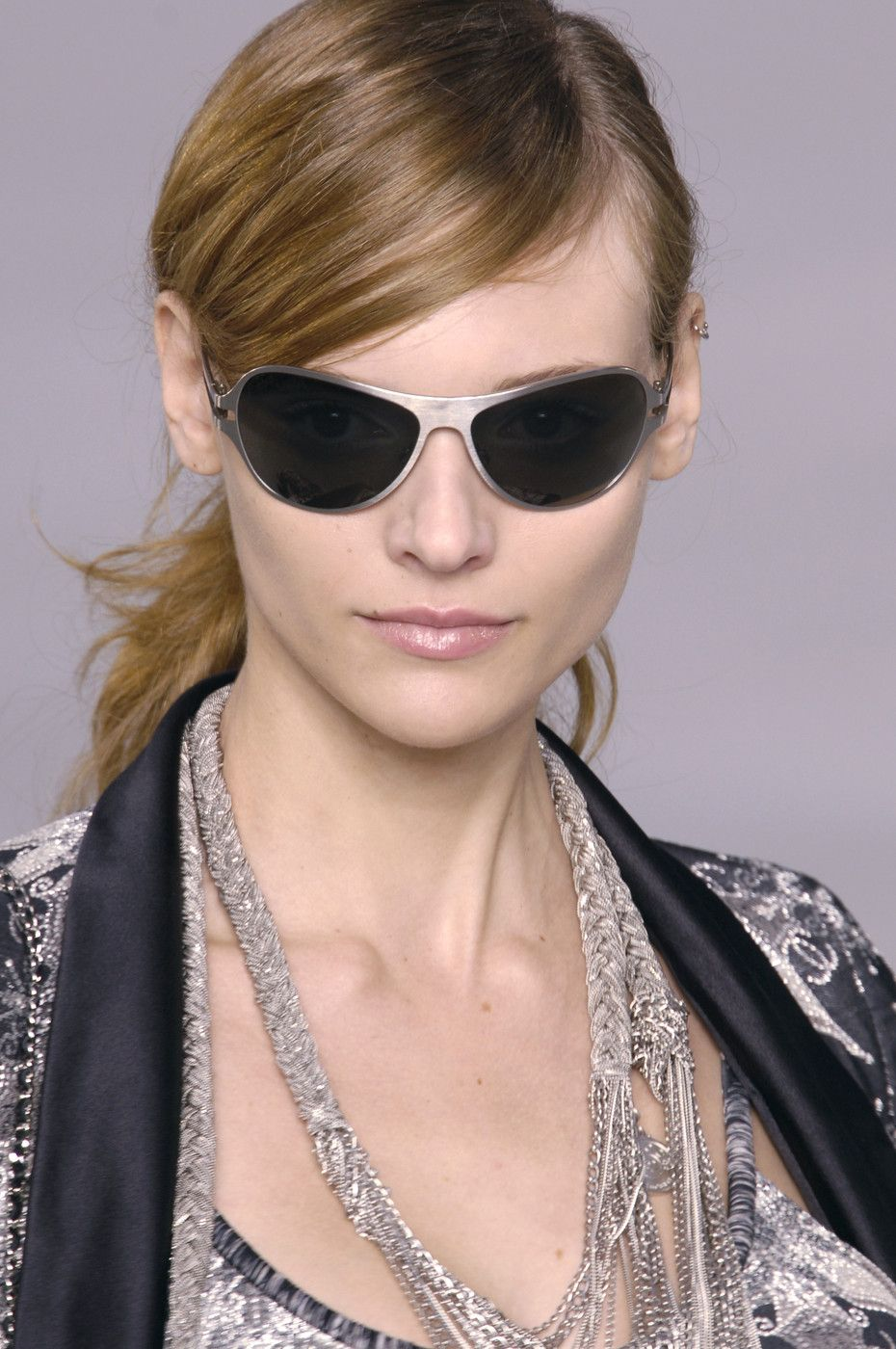 Chanel at Paris Fashion Week Spring 2006 (With images