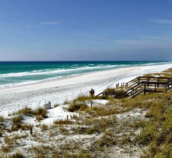 The Crescent Condos Destin Family Friendly With Private Beach Beachfront Condo Destin Beach