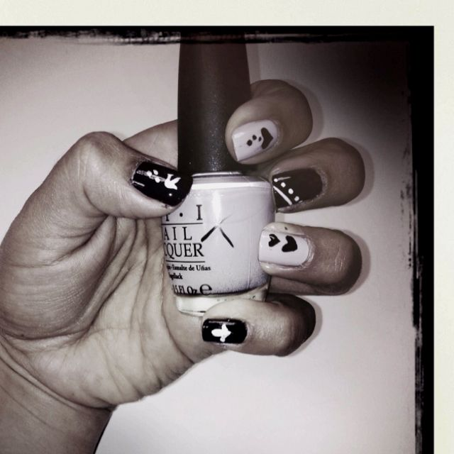 Nails by me. Done with stencils | Headphones, Nails, Stencils