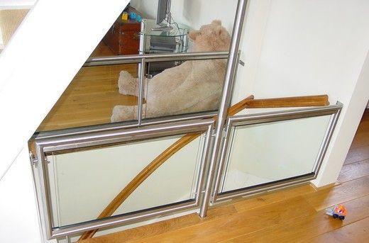 Lades In Trap : Maak elke trap af met een balustrade of borstwering! en niet alleen