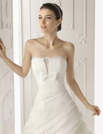 Rochii De Mireasa Cu Umerii Goi Inspiratie De Nunta Dresses