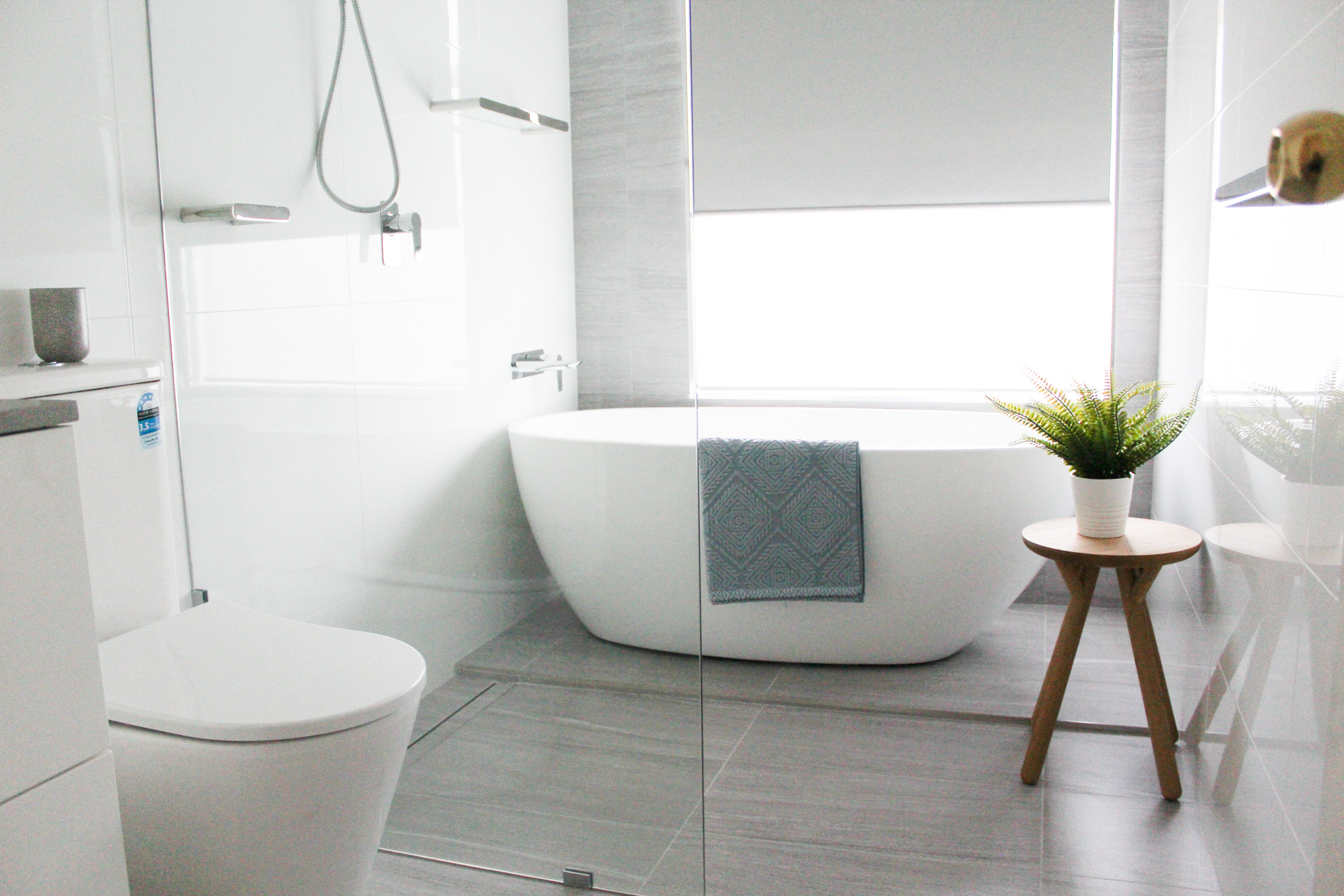 Walk In Shower On The Ball Bathrooms Freestanding Bath Wet Room Set Up Modern Bathroom Freestanding Freestanding Bath With Shower Bathroom Renovations Perth