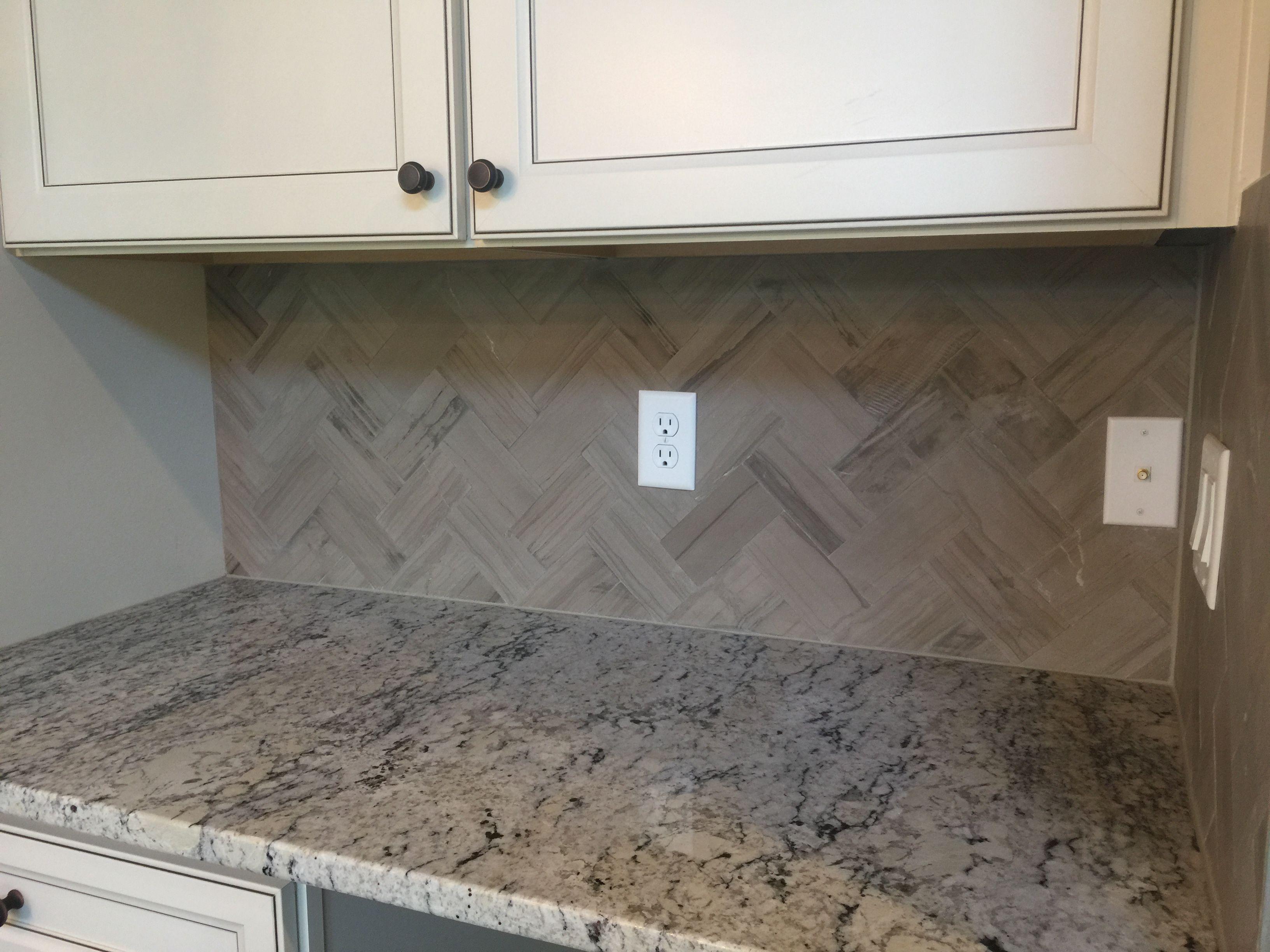 Marble Silver Screen 3x6 Tiles In Herringbone Pattern Kitchen Backsplash Herringbone Pattern Flooring