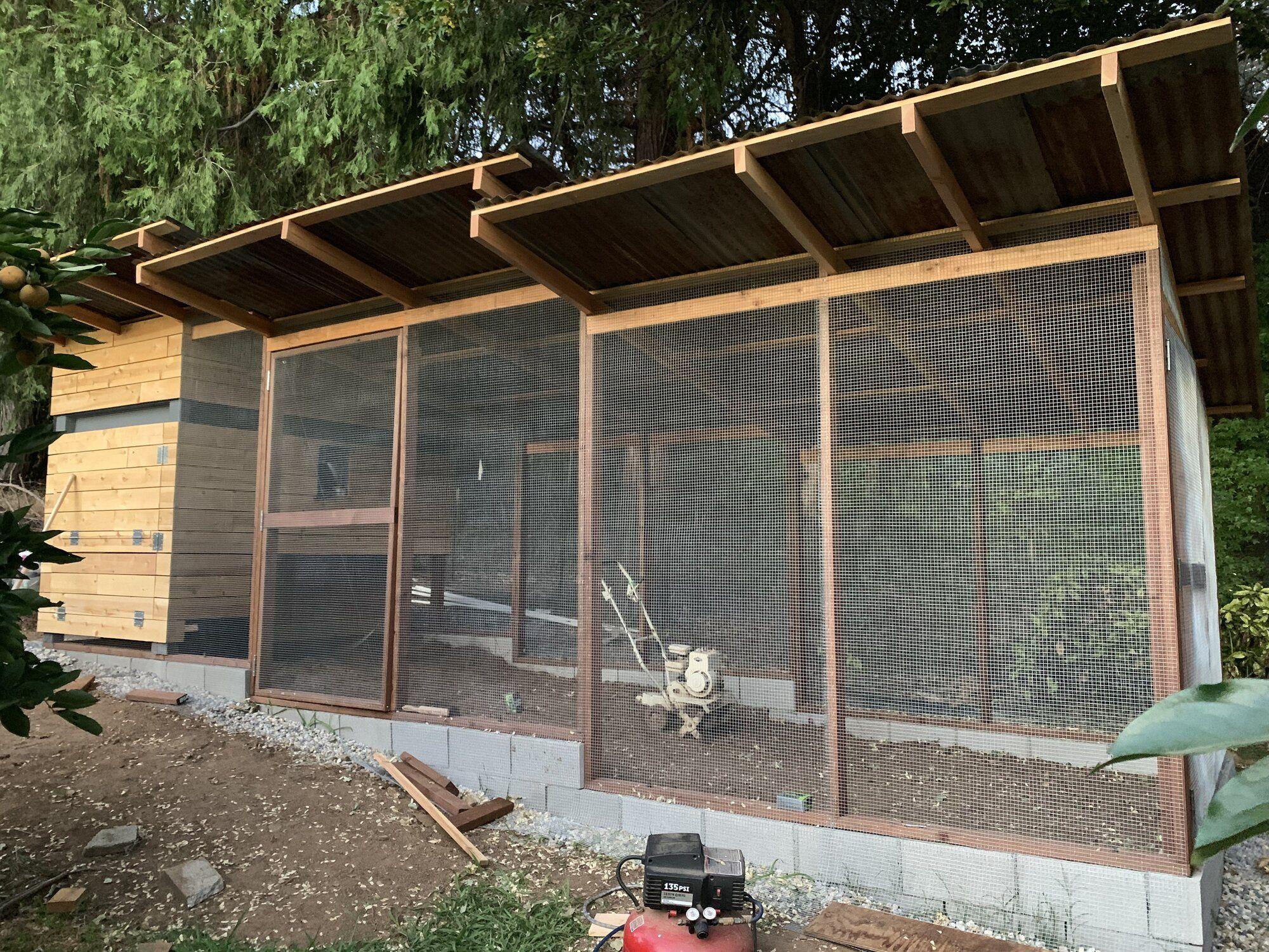 Perkolator S Modern Chicken Estate 2019 In 2020 Corrugated Metal Roof Chickens Backyard Urban Design Architecture