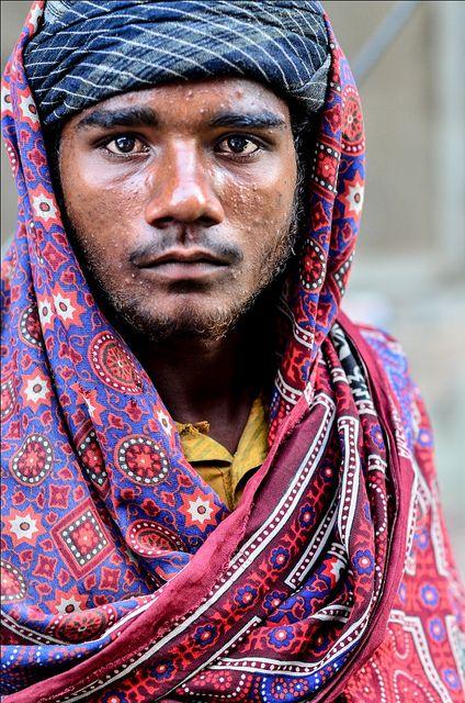 Sindhi attire by ShaukatNiazi, via Flickr - Pakistan