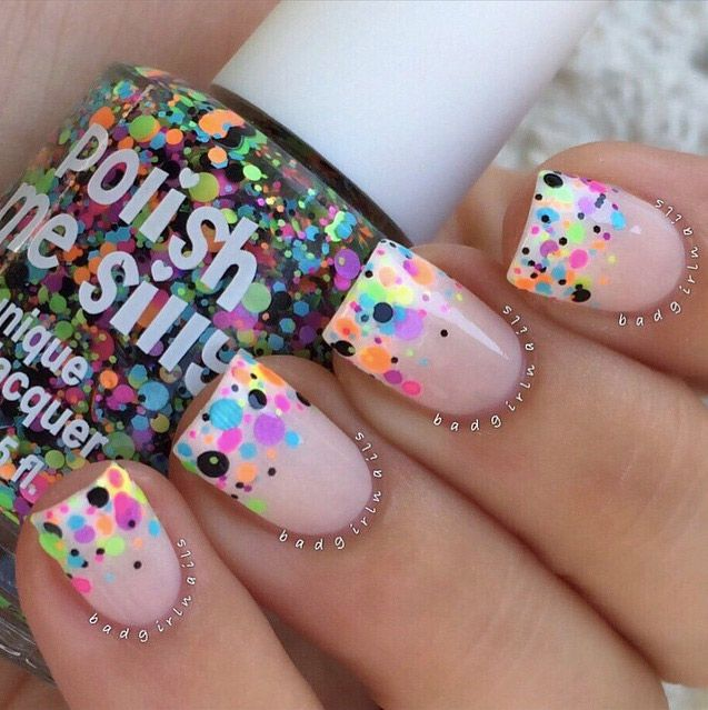 51 Cool And Easy Nail Designs That Anyone Can Pull Off Thefashionspot Simple Nails Short Acrylic Nails Confetti Nails