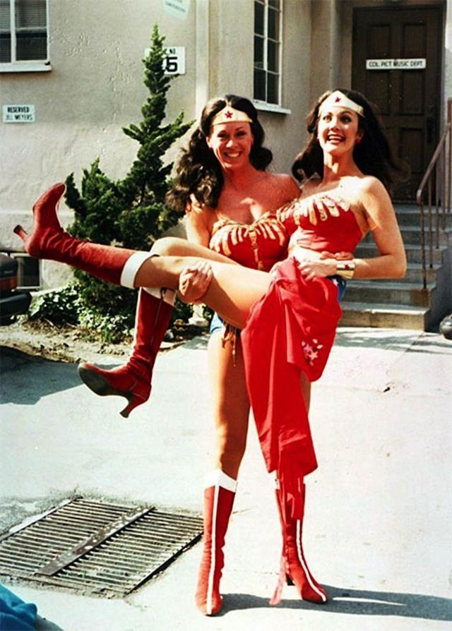 Lynda Carter And Her Stunt She Was The First Actress To -9234