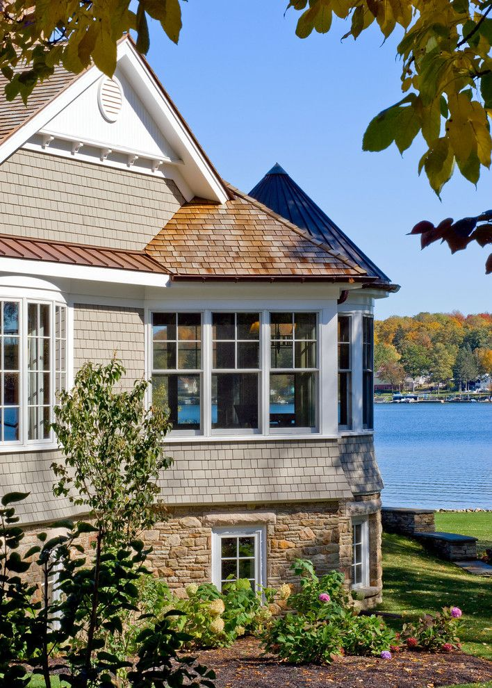 Gable Vents Exterior Traditional With Bay Window Bump Out Cedar Shake Cedar Traditional Exterior Exterior Design Cedar Roof