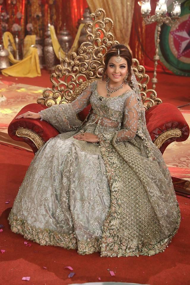 Pakistani Kashee's Bridal Dresses & Makeup Dress makeup