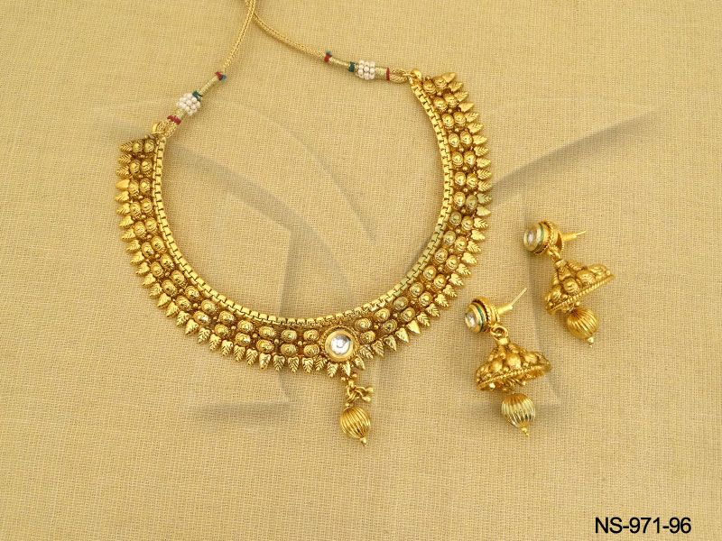 Indian Simple Gold Necklace Designs 3-simple-gold-necklace...