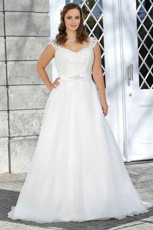 Plussize Brautkleider By Ladybird Prinzessin Ball Gown