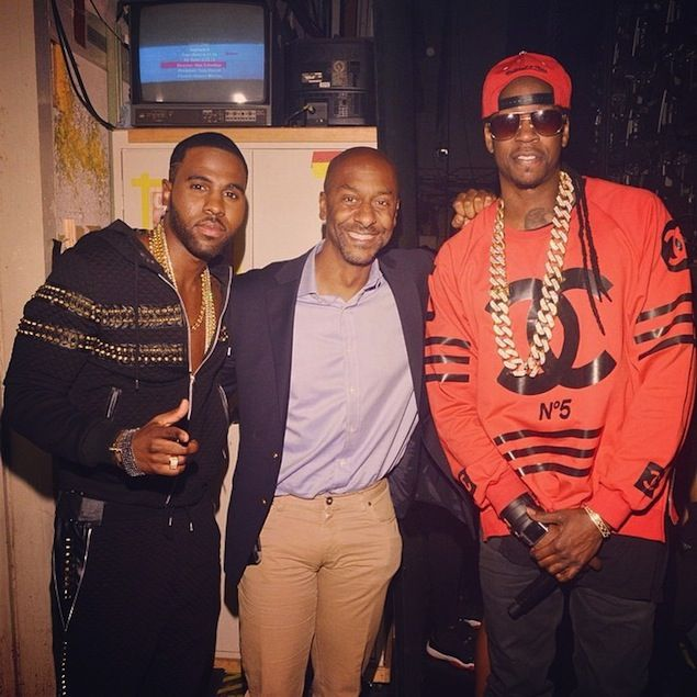 2 Chainz Wears Homme Femme LA Coco Hockey Red Sweater ...