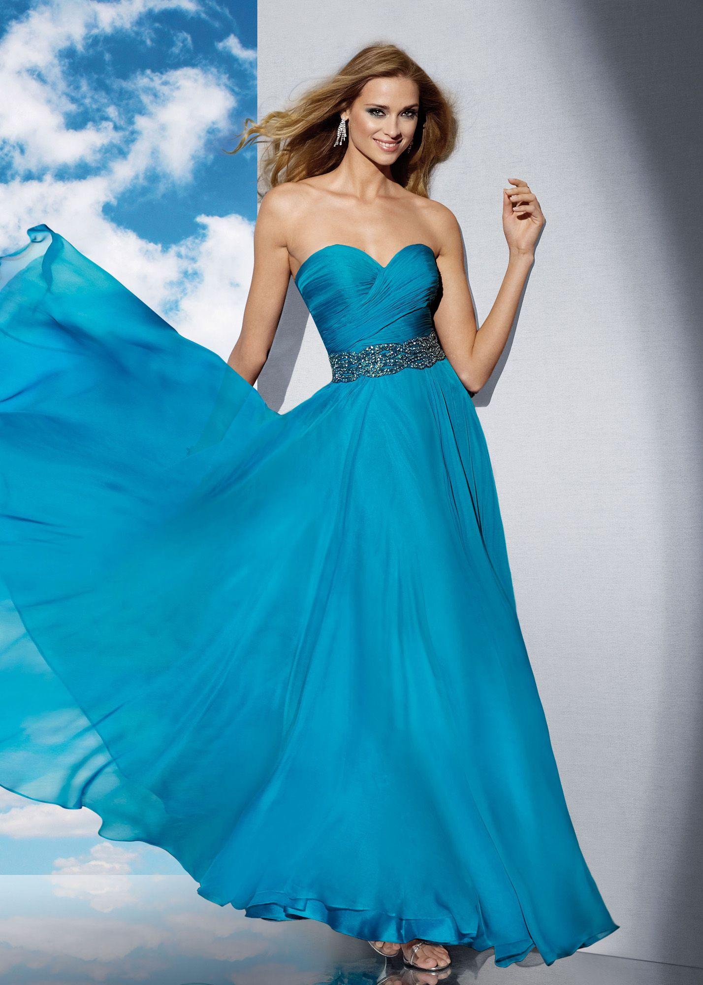 Impresiona a todos con este espectacular vestidodefiesta con