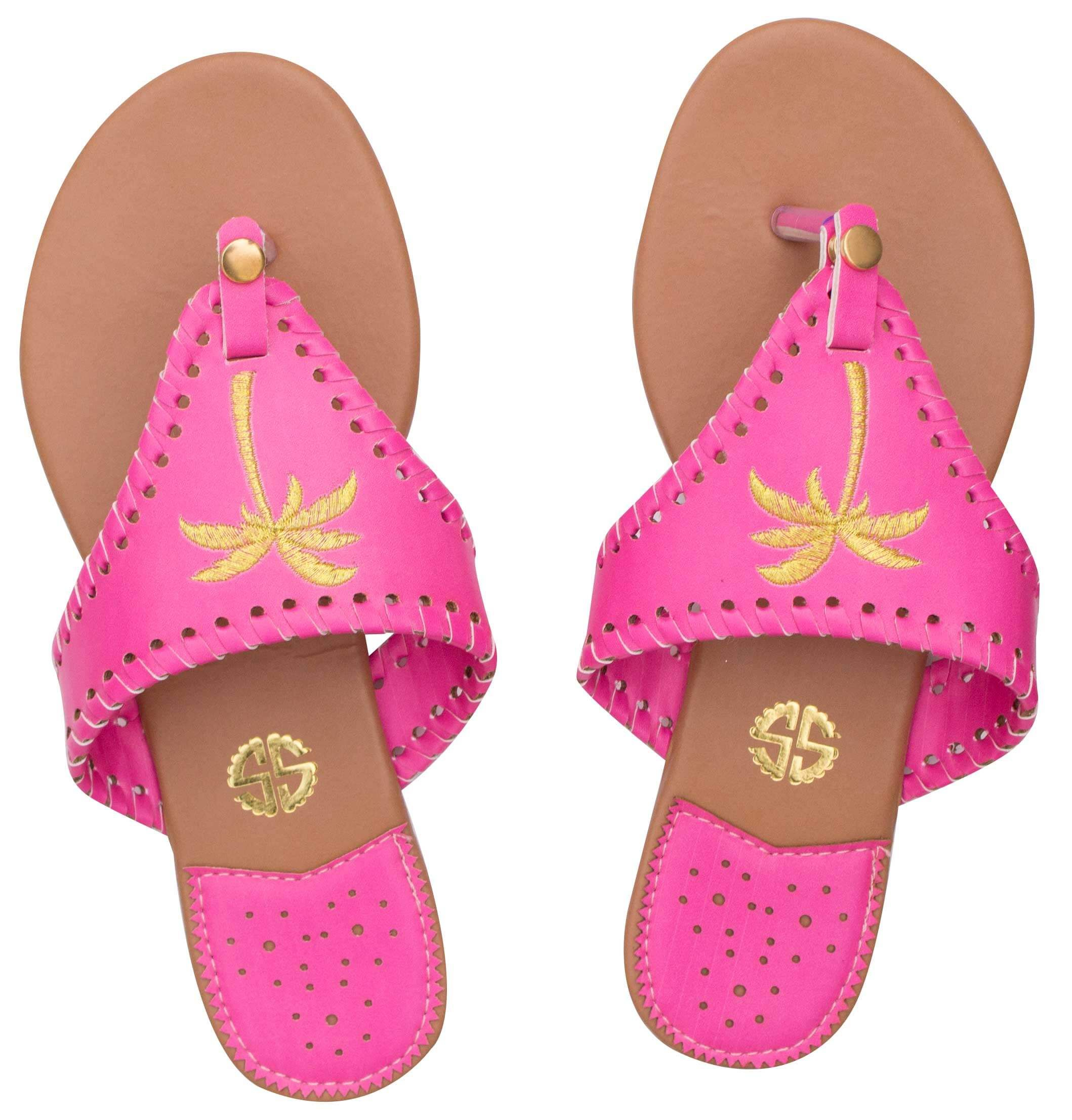 6084207864fb3 Does it get any cuter than Simply Southern sandals   simplysouthern   pineapplesandals