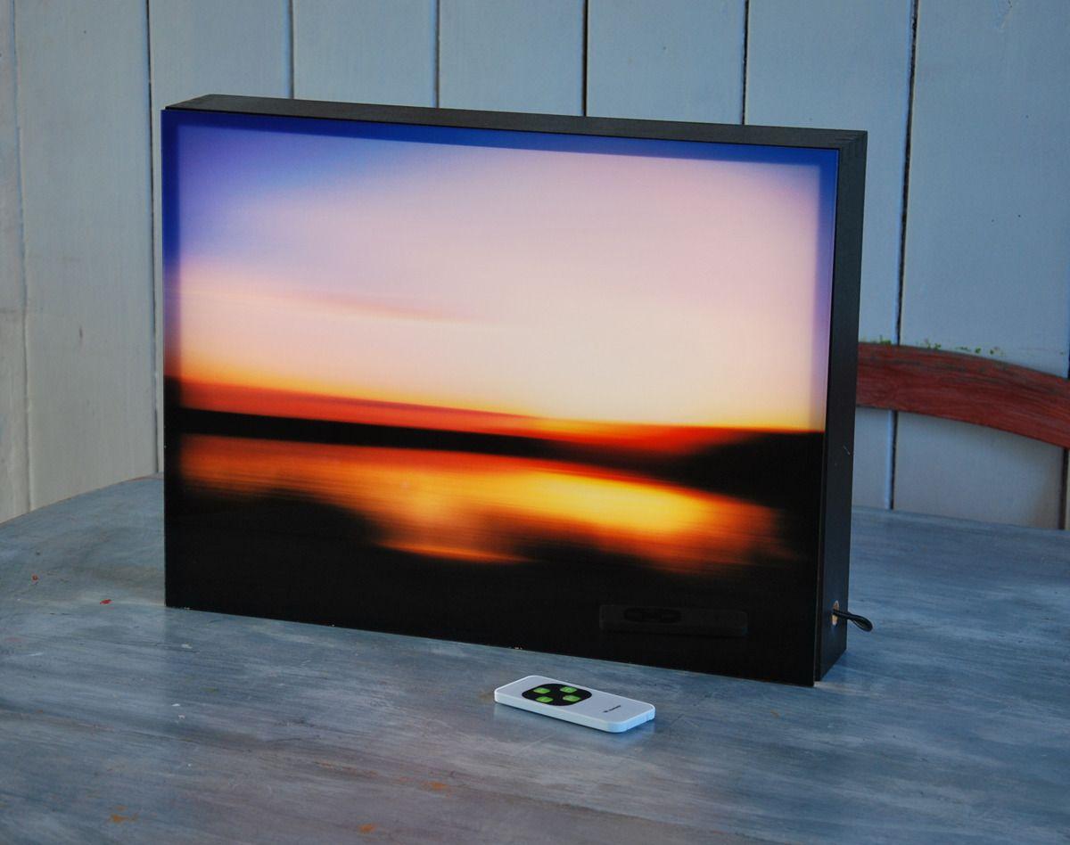 Tableau lumineux ou lightbox led en bois munie d\'un plexiglas rétro ...
