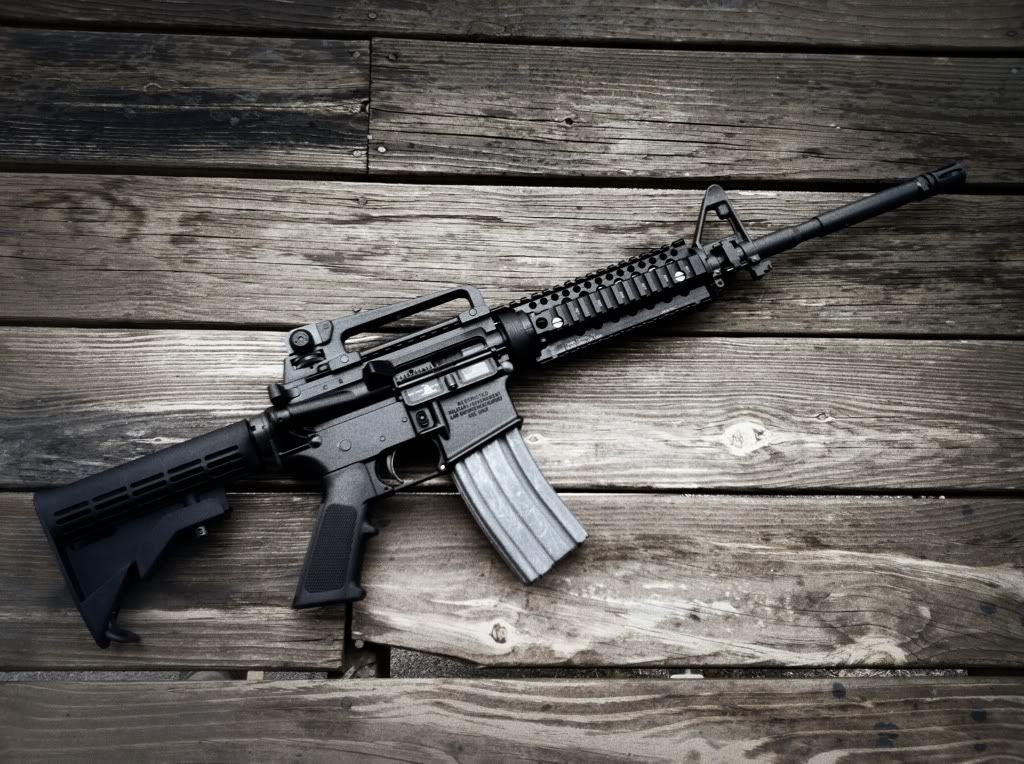 Colt LE 6920  The semi-auto version of the Colt M4    | Guns Knives